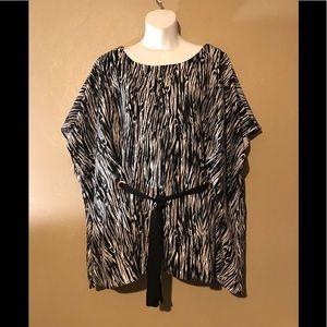 Lane Bryant black/white shawl top size 22/24